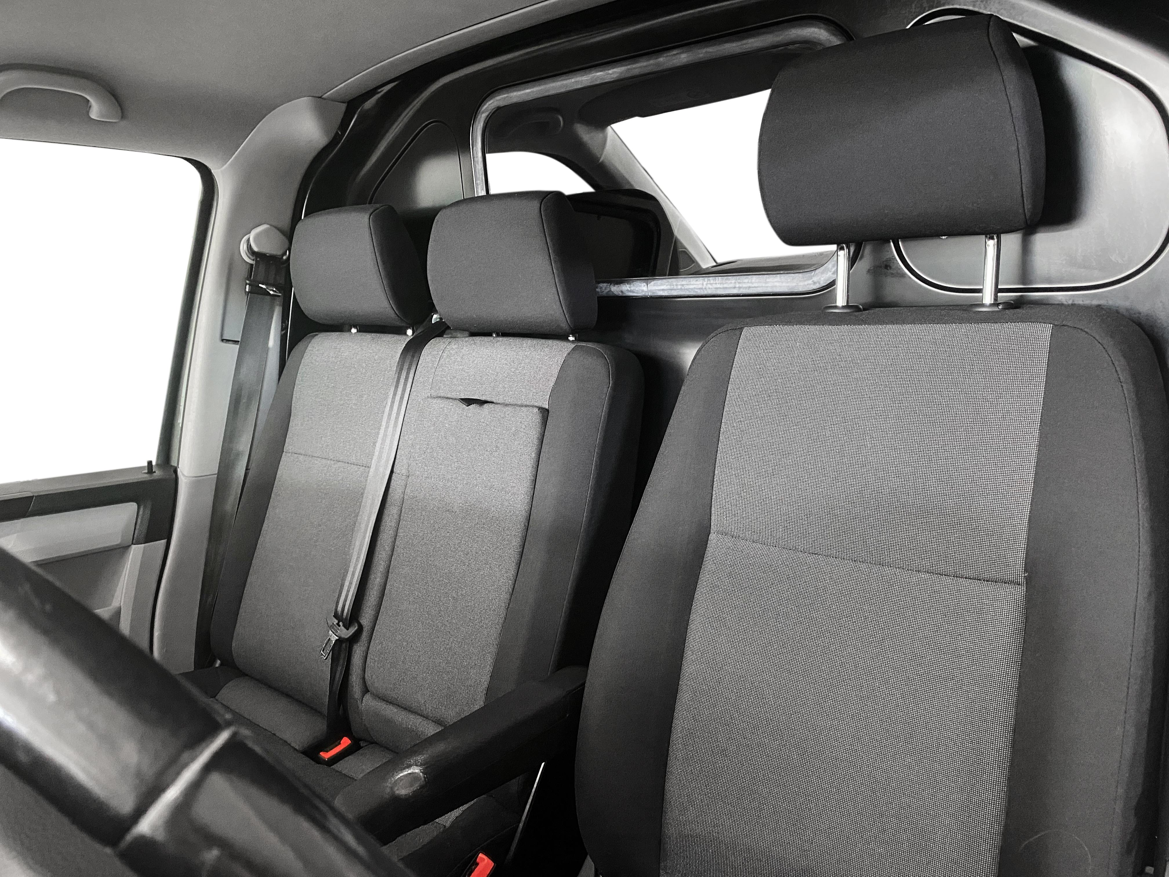 VW Transporter TDi 150 Kassevogn DSG lang leasing